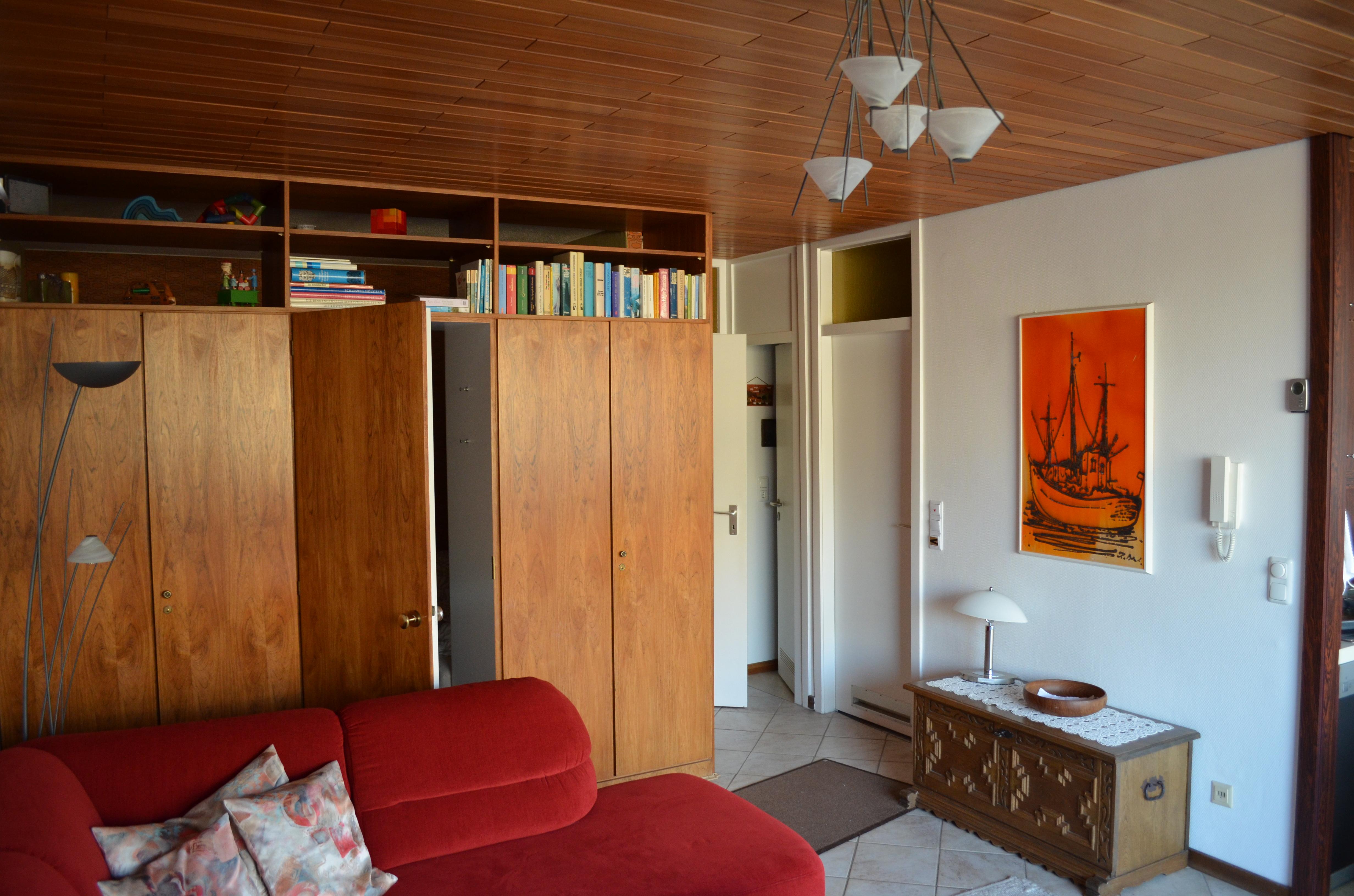 11 - Wohnbereich mit Zugang zum Schlafbereich
