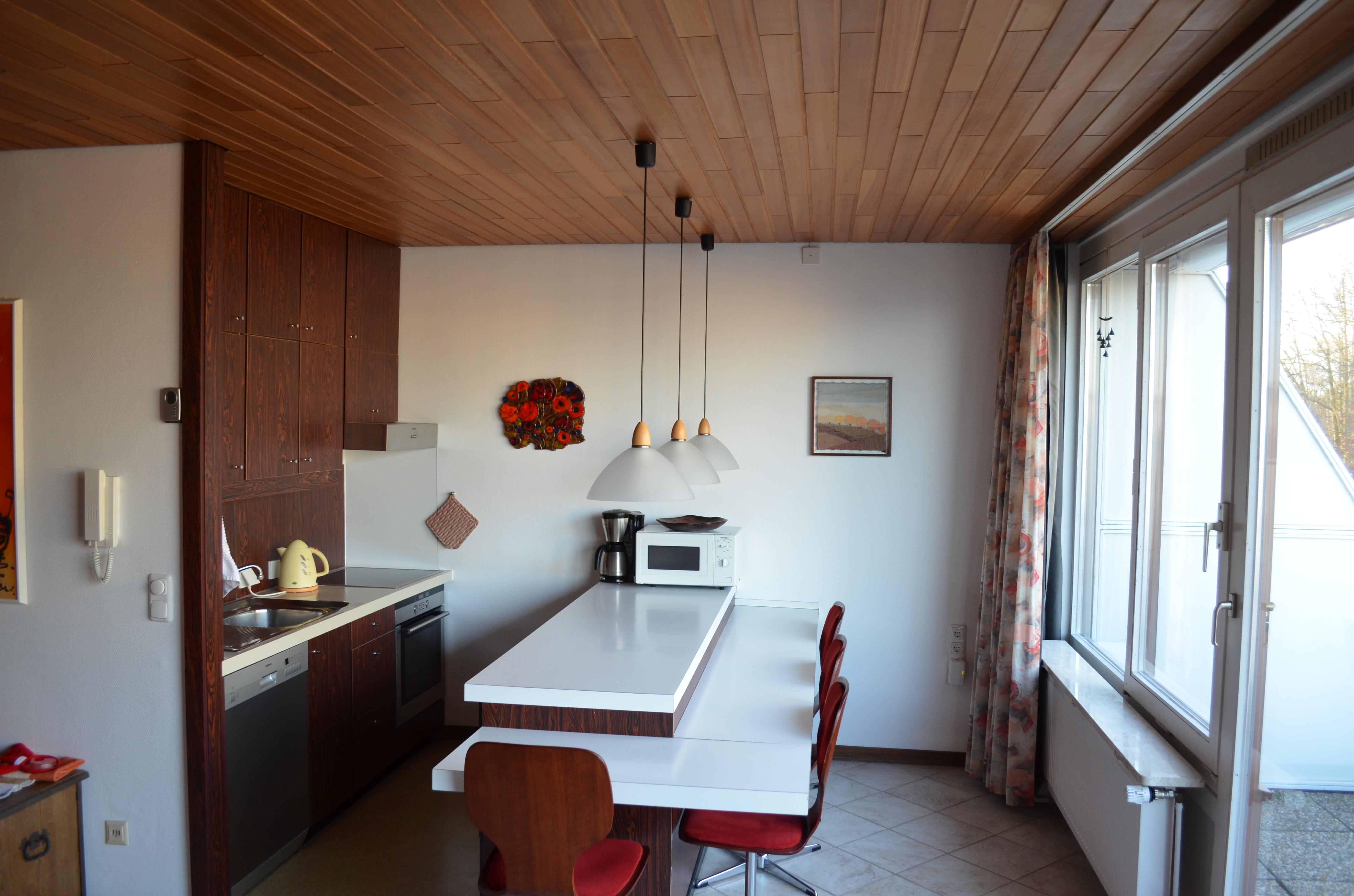 12 - Viel Platz für die ganze Familie im Küchen- und Eßbereich
